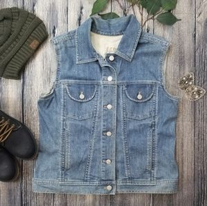 J. Jill Denim Button Down Vest